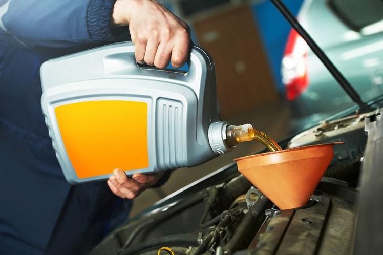 performing car preventive maintenance