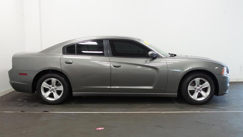 2012-Dodge-Chadger-gray-10
