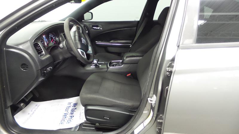 2012-Dodge-Chadger-gray-4