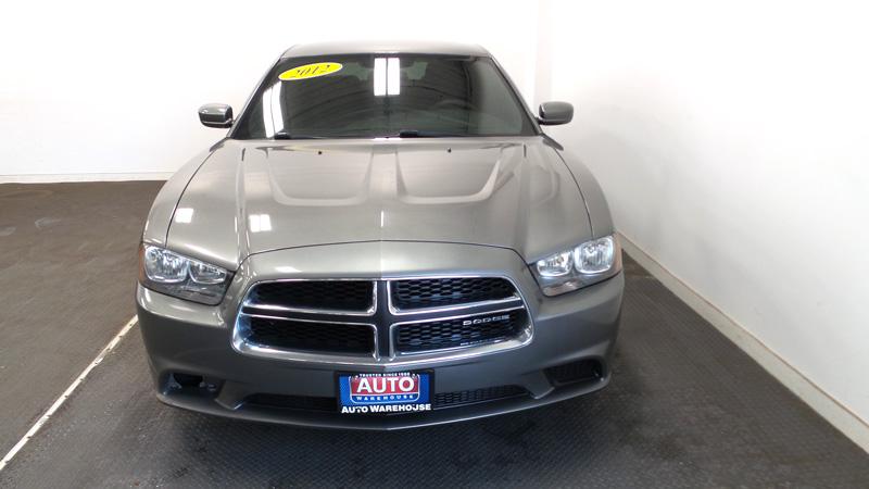 2012-Dodge-Chadger-gray-7