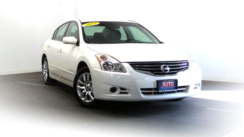 _2012-Nissan-Altima-