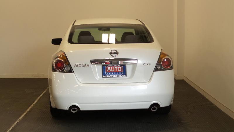 _2012-Nissan-Altima-4