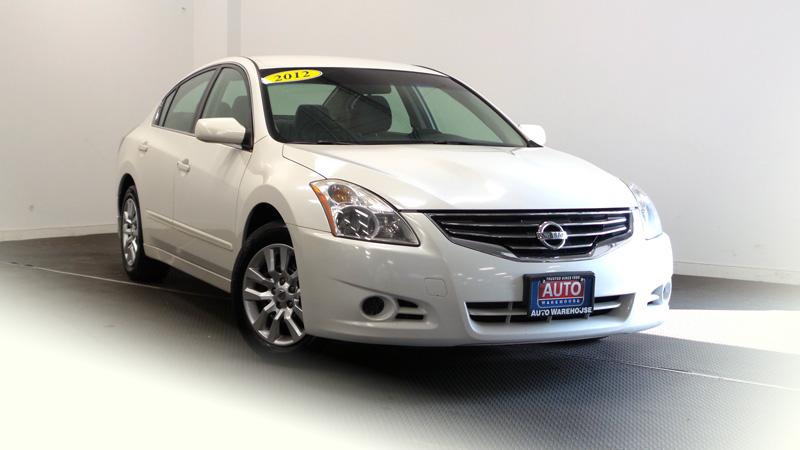 _2012-Nissan-Altima-8